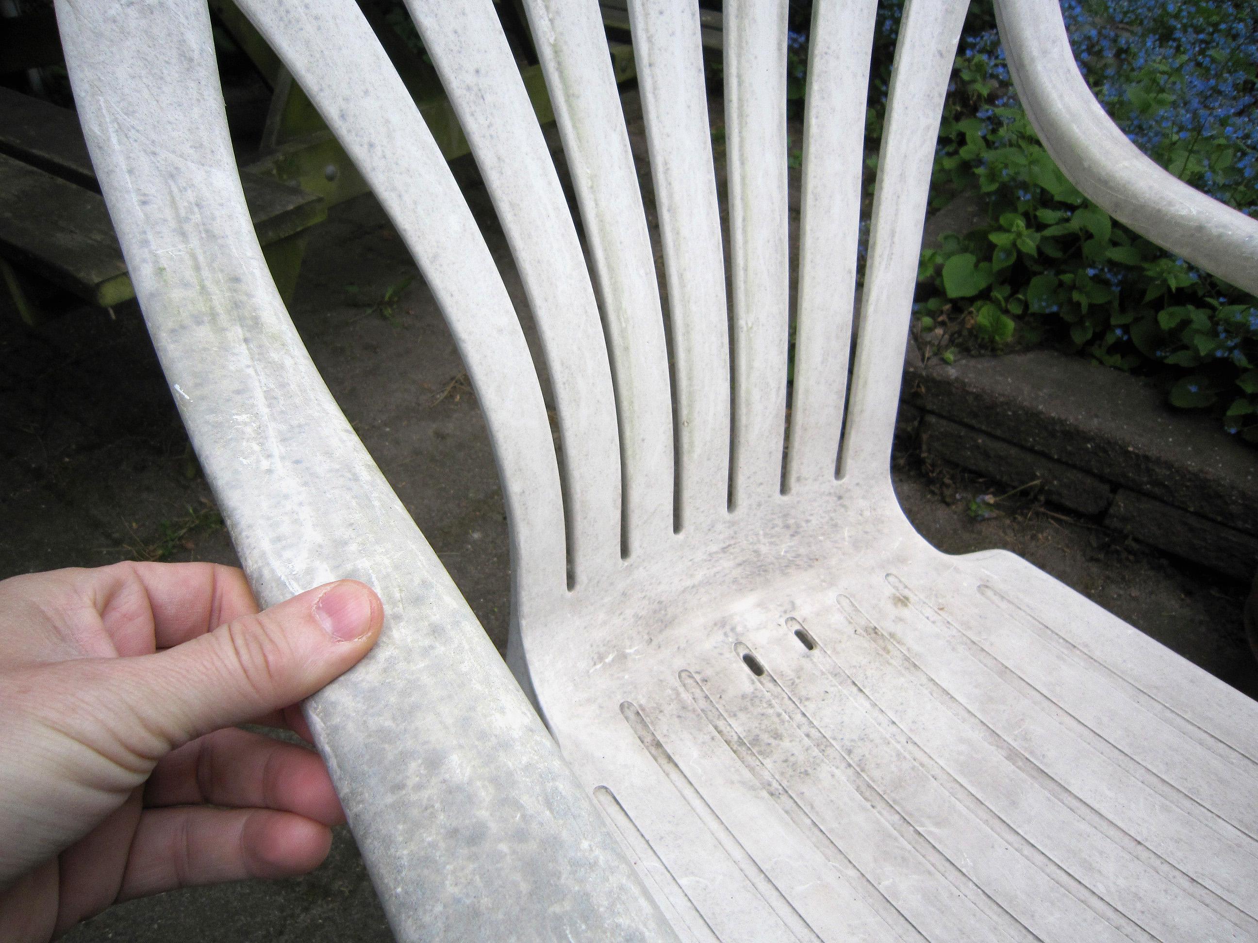 Rensning af stole og borde af plastik | Plastikmøbler kan rengøres!