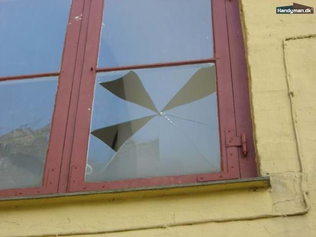 Glas og kit | Udskiftning af vindue (enkelt lag glas med kit)