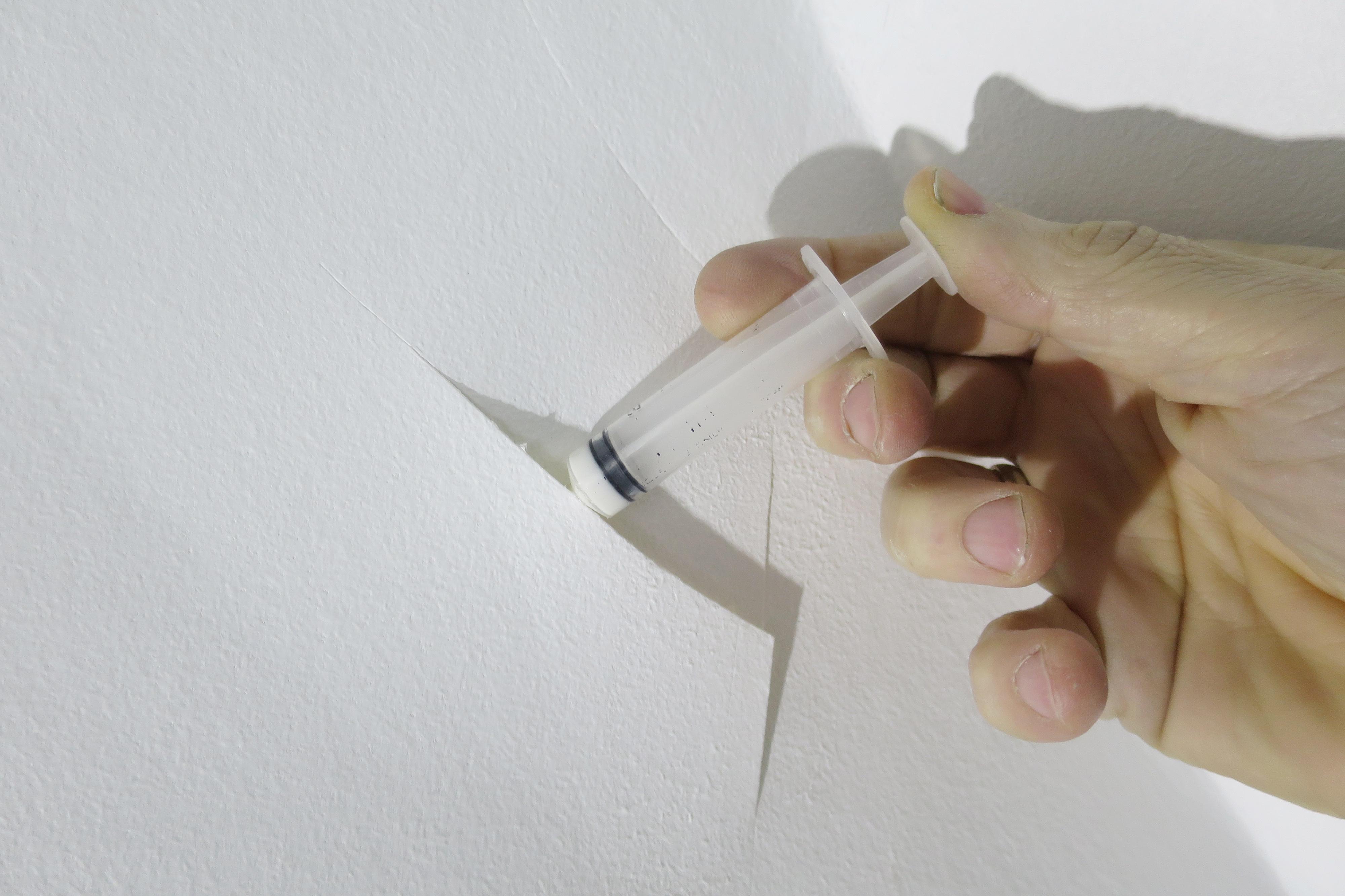 reparation af væg med filt