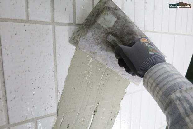 Udestående Få glatte vægge, uden at nedrive fliser | Glat hvid væg uden at PL81